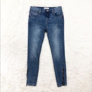Free People skinny jeans ankle zip size 26